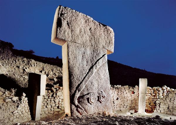 A pillar at the Gobekli Tepe temple near Sanliurfa, Turkey. (photo: Berthold Steinhilber/Laif-Redux)